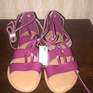 NEW WITH TAGS Magenta Sandals